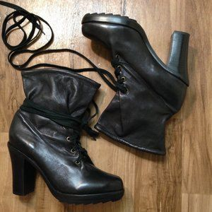 Farylrobin| black soft leather lace up booties